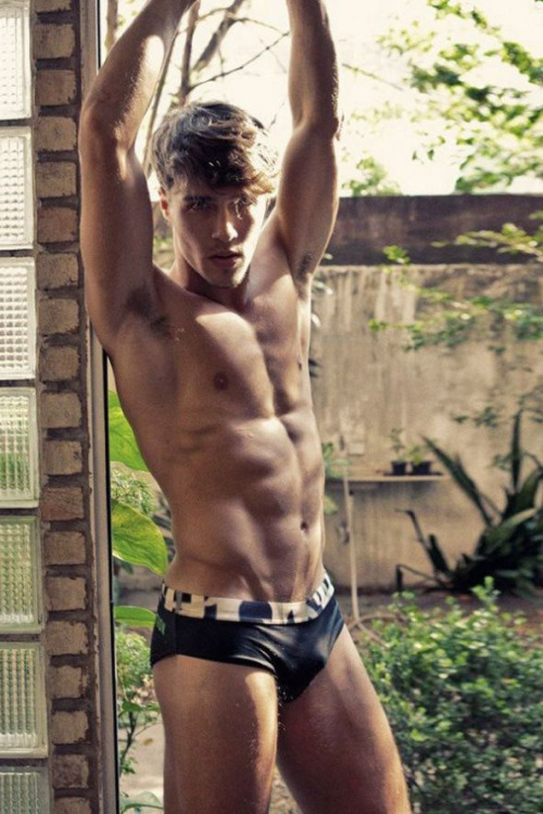 red-meat:   Lucas Medeiros VII by Didio RED MEAT :: FACEBOOK :: TWITTER :: RANDOM
