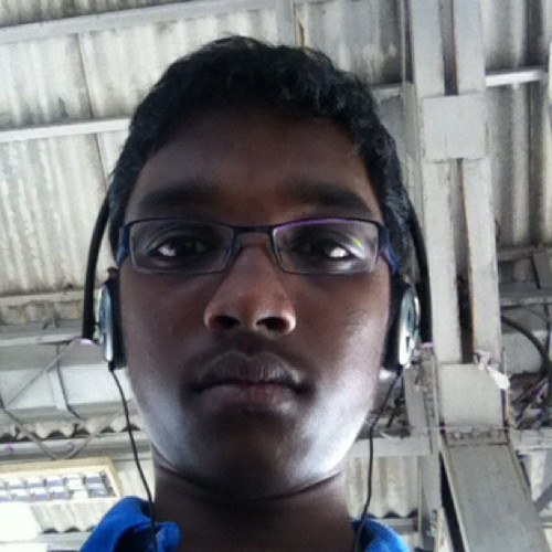 Going to class!!! (at seawoods railway station)