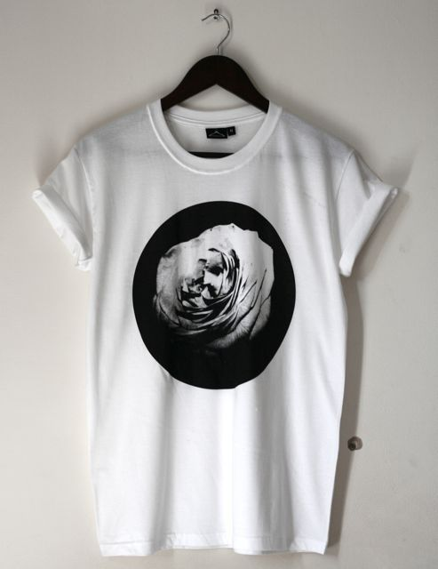 Street Style Market | Rose Flower Graphic Tee