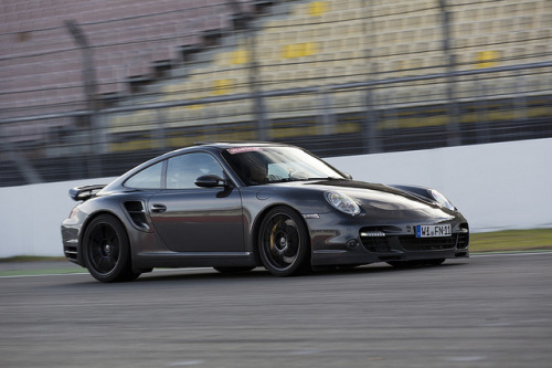 Porsche 997 Racing by Sascha Bentz on Flickr.
