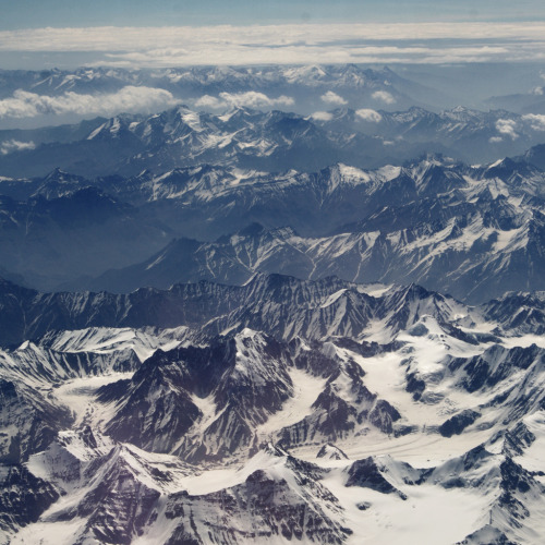 definitelydope:  Himalaya (by joel suganth)
