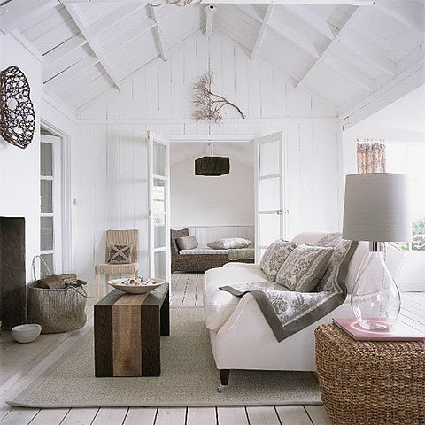 myidealhome:  coastal cottage (via HOME DECOR)