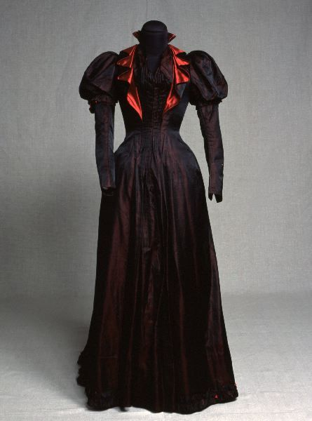 Day dress, 1890's From Kulturen