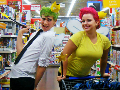 coolgrandpa:  baklava-princess:   Cosmo and Wanda  I WANNA BE AS CUTE AS THIS WANDA AND COSMO CRIES  this is the best holy shit
