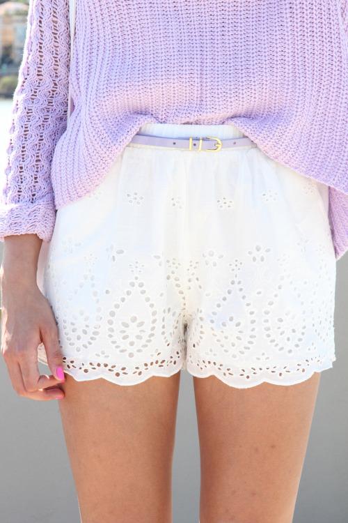 peachy-blisss:  cutest little outfit ;)