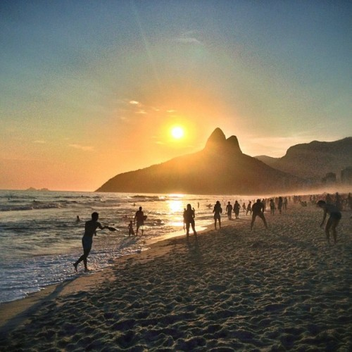 Summer Paradise (at Praia de Ipanema)