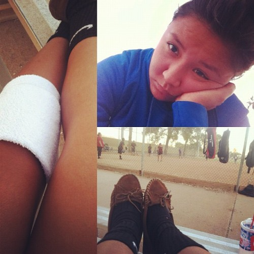 Still can't play :( *tear #fml #softball #injured #sucks  (at Madison Park)