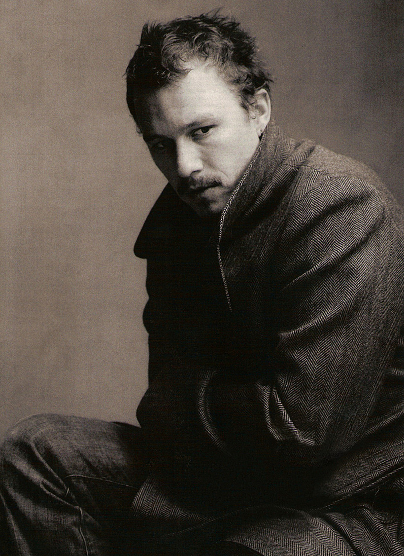 suicideblonde:  Heath Ledger photographed by Annie Leibovitz for Vanity Fair, March 2006