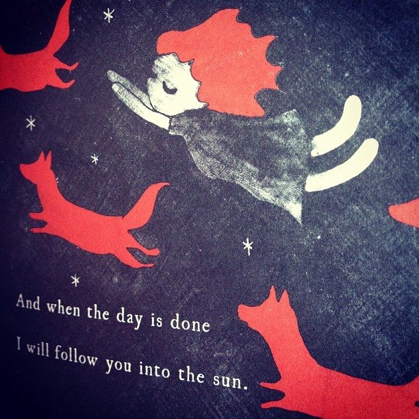 didjoo know we've sneaked some red into the new Tiny Book of Tiny Stories! very sneaky of us. order Volume 2 here: http://www.hitrecord.org/store/tinystories