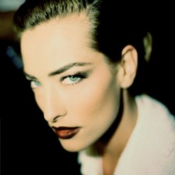 (via 90′s Makeup, the backstage photos of Rohn Meijer « Lovely Rita Blog) Tatjana Patitz
