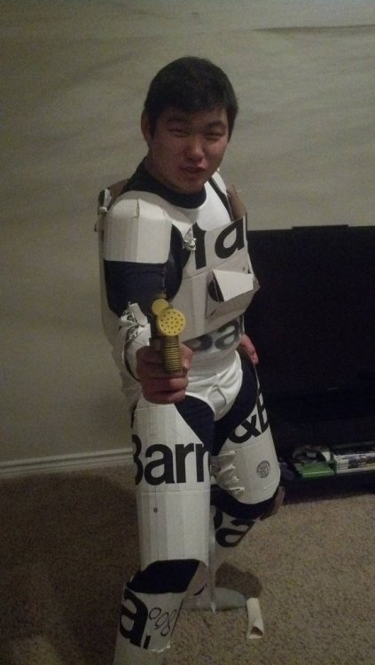 My Halloween costume: crate and barrel stormtrooper Han Solohttp://scificity.tumblr.com