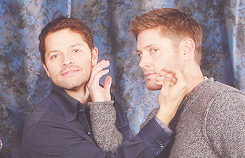 "deanpluscas:  ""i love you, misha. i mean, honestly, it's from the bottom of my heart that i say that."" jensen ackles."