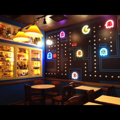 Pac-Man room http://attractmo.de/a-picture-of-flat-shaded-polygons-on-a-fuzzy-arcade-monitor-with-an-iphone-photo-filter-applied/