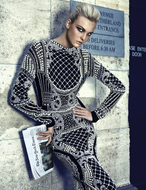 "Caroline Trentini in ""Conexao Fashion"" Photographed By Fabio Bartelt & Styled By  Daniel Ueda & Pedro Sales For Vogue Brazil, September 2012"