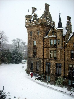 livefortravel:  Snowy Edinburgh ♥