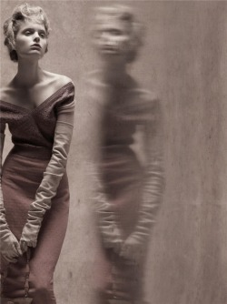"mariacarlabosscono:  ""Reflections of Glamour,"" photographed by Steven Meisel for Vogue Italia March 2008"