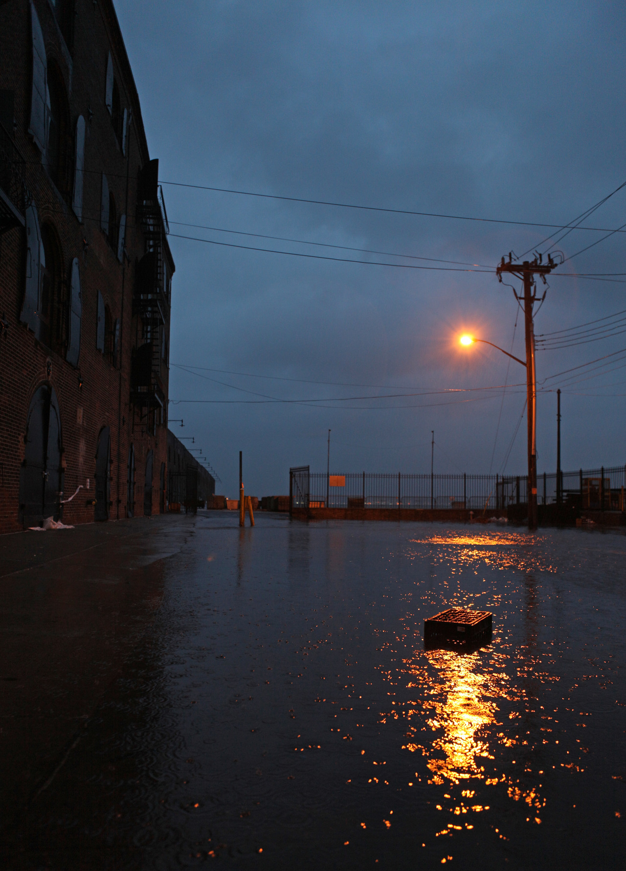 nighswander:  Flooding in Red Hook, Brooklyn this morning.