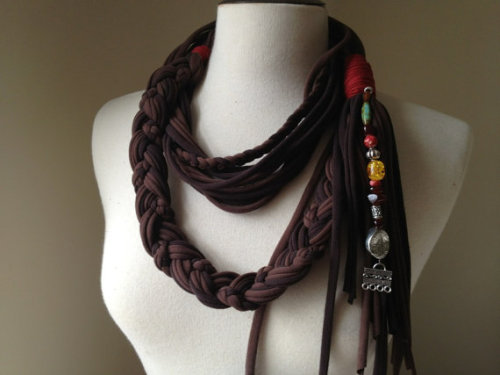 heckyeahdisneymerch:  Jack Sparrow inspired summer scarf!  THIS IS THE ABSOLUTE COOLEST