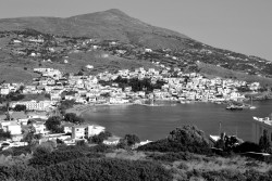 catchmoments:  Batsi Ansdros - Greece in B/W