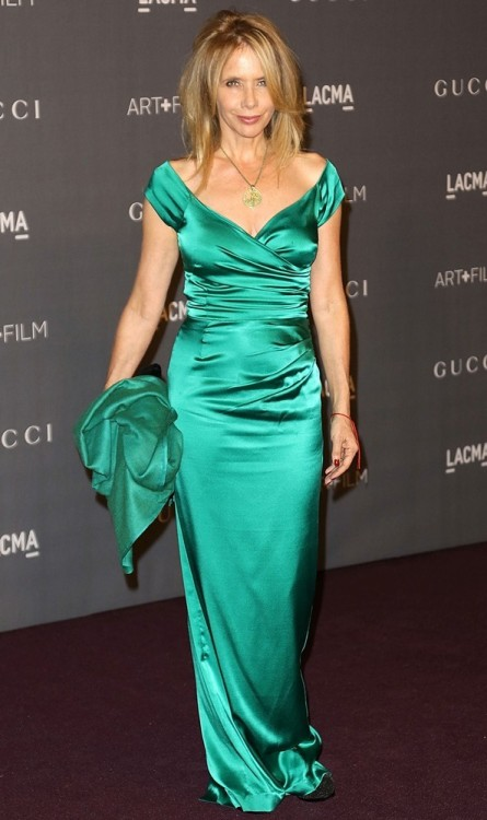 Rosanna Arquette at the LACMA Art + Film Gala  Oh, honey…no.   Also, hairbrush. Just a little one, keep it in your bag or hidden in your bundle of green fabric. You'll be glad you did.