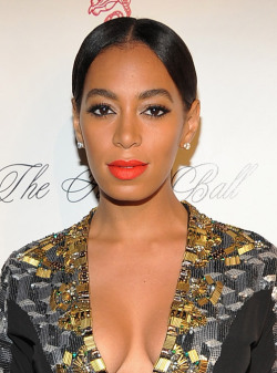 The celebs in this week's 5 Best Beauty Looks (including Solange Knowles here) turned it out in black-tie elegance.