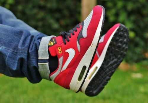 sweetsoles:  Nike Air Max 1 'Urawa Dragons' (by polo)