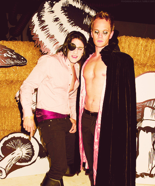 Neil Patrick Harris & David Burtka @ 2012 Just Jared Halloween Party (27.10)