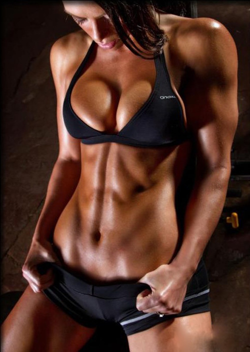 crossfitchicks:  Get ripped!