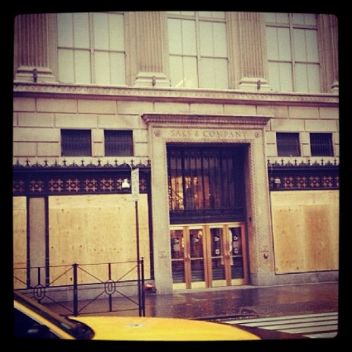 Who wants to go looting? Meet you at Saks. ;-) #mm #hurricane #hurricanesandy  (at shefinds.com)
