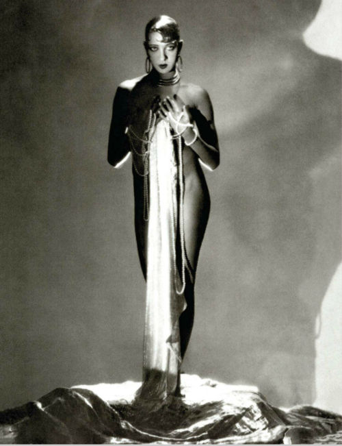 Josephine Baker by George Hoyningen-Huene, Vogue US 1934