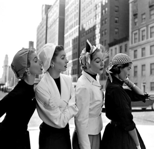 New York Fashion, 1952