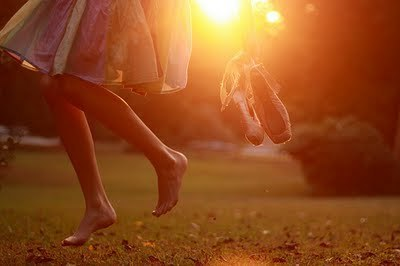 the feet and the sun)