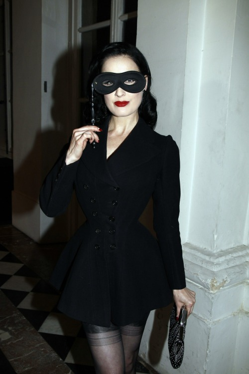 bohemea:  Dita Von Teese - Vogue 90th Anniversary Party, September 30th 2010