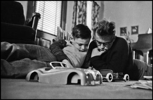 James Dean and his cousin Markie