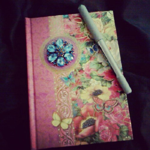 I write. #lifeofamother #amateur #writer #story #life #love #journal #ink #happiness #whatilove #sharemyworld