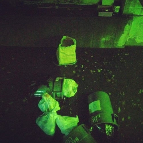 Garbage is on the loose #hurricanesandy