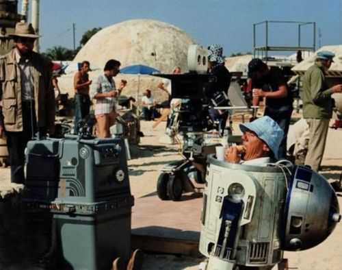 collective-history:  Lunch break on the set of Star Wars - 1977