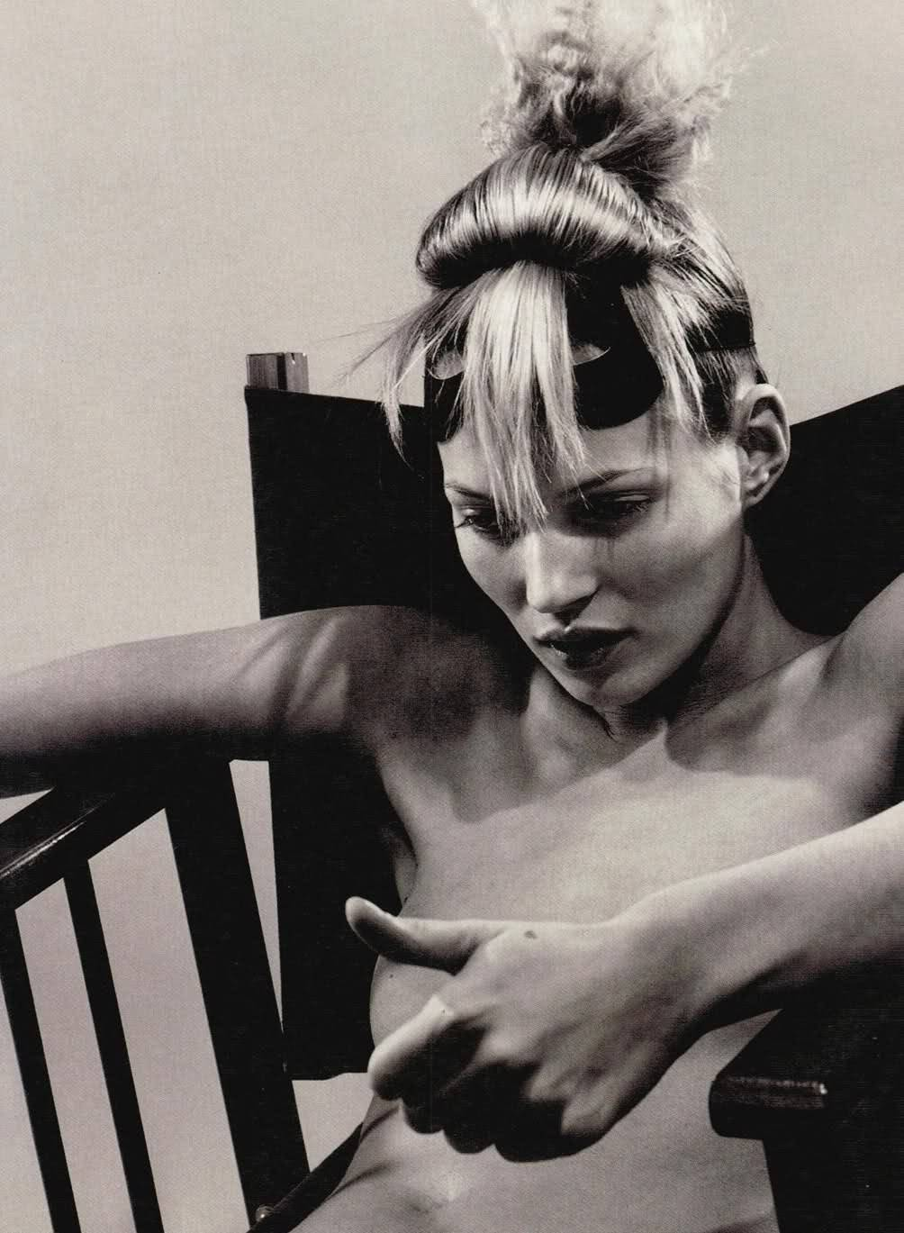 shoulderblades:  kate moss by david sims for i-D the survival issue, february 1996