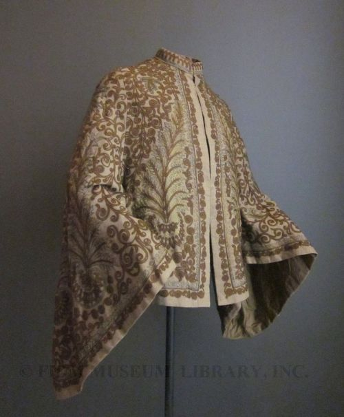 omgthatdress:  Dolman 1870s The FIDM Museum