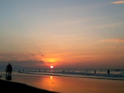 Sunset in Dagupan, Philippines  submitted by: krispycornetto, thanks!
