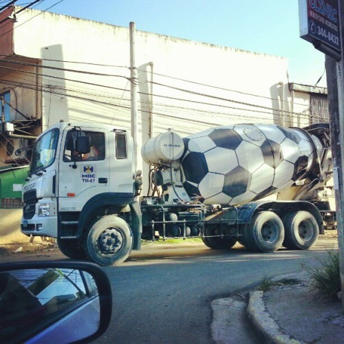 First time to see this kinda truck that looked like a soccer ball :-)  #constructiontools #construction #trucks #bigtrucks #cement #cementmachine #machine #car #soccerball #soccer #blackandwhite #igers #igersdaily #igerscebu #igersphilippines #igersasia #cute  (at A.S. Fortuna)