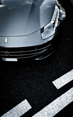 automotivated:  belly mode (by Max.photographies)