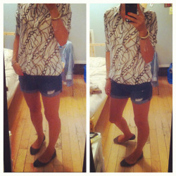 Another late summer ootd.  Silk blouse is Joe Fresh.  I miss wearing shorts.