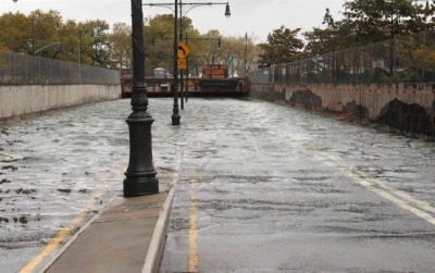 "nbcnews:  Obama declares major disaster in New York as Sandy kills 22, causes major flooding and fires (Photo: Louis Lanzano / AP) President Barack Obama declared a major disaster in the New York City area Tuesday as Superstorm Sandy pounded the Northeast, killing at least 22 people, sweeping homes into the ocean, flooding large swaths of coastal areas, crippling public transit, and leaving millions without power. As the East Coast woke up, residents faced the prospect of up to a week without heat, light or refrigeration, while authorities tried to measure the full wrath of the once-in-a-generation hurricane. The deaths included at least 10 people in New York City, Mayor Michael Bloomberg said Tuesday, adding ""tragically, we expect that number to go up."" Read the complete story."