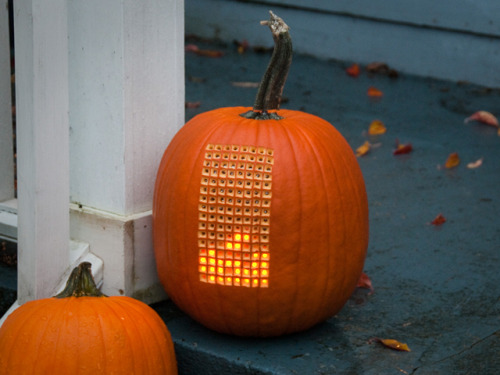 laughingsquid:  Pumpktris, A Playable LED Lit Game of Tetris Inside of a Pumpkin