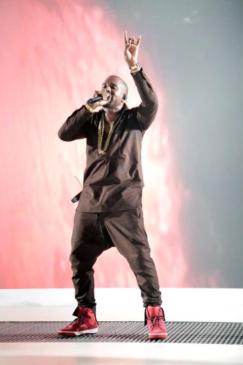 themaxdavis:  Kanye with the Zepsy pant from I Love Ugly