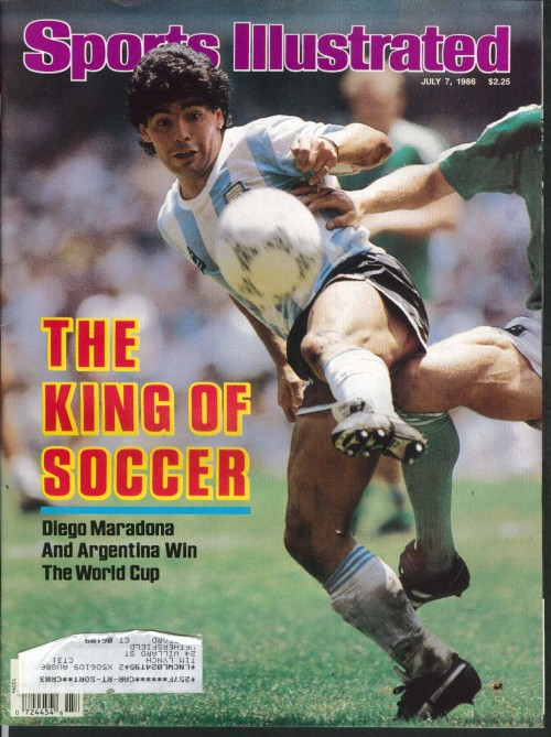 futbolintellect:  Maradona graces the cover of Sports Illustrated in 1986.