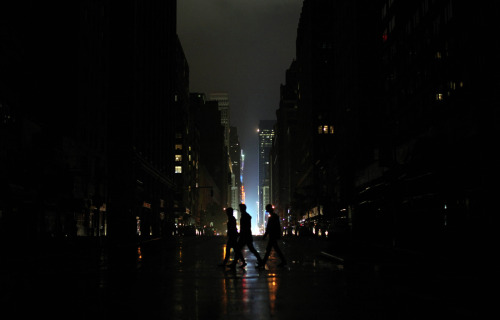 Blackout conditions in Manhattan, after Hurricane Sandy hit, on October 29, 2012. Photo: Allison Joyce/Getty Images