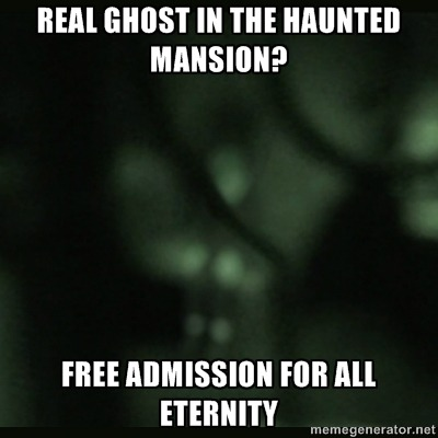postdisneydepression:   Real ghost in the Haunted Mansion? Free admission for all eternity  Jealous.