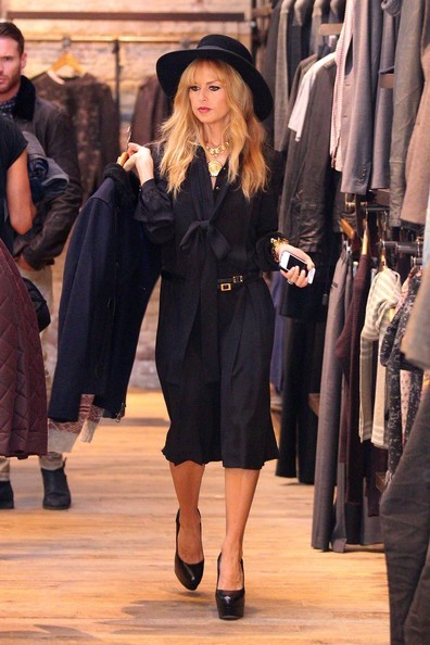 Rachel Zoe shopping in L.A. yesterday